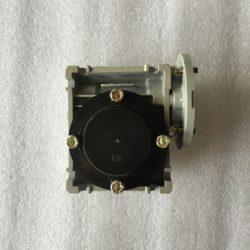 Редуктор NMRV CVR 030 с крышкой